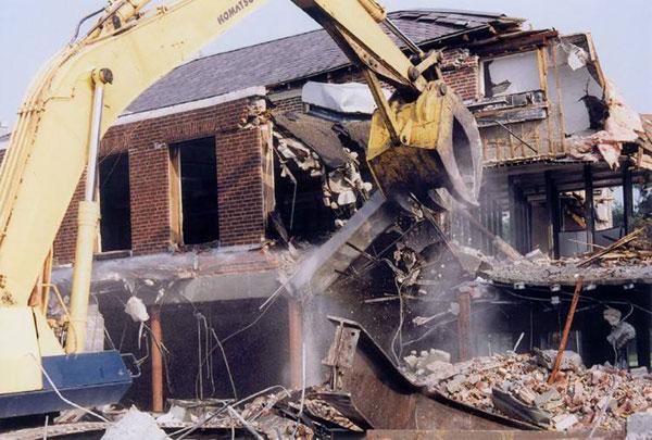 Cúng phá dỡ nhà